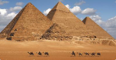 Pirâmides de Gizé.