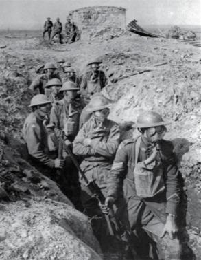 Foto de uma trincheira na Primeira Guerra Mundial.