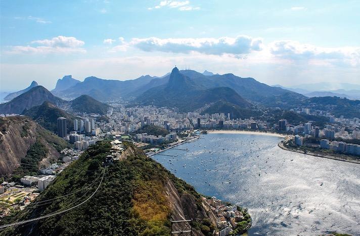 Fotografia tirada em cimo do morro do Pão de Açucar, Rio de Janeiro.