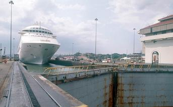 Eclusa no canal do Panamá