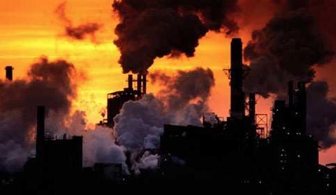 Poluição produzida por uma fábrica