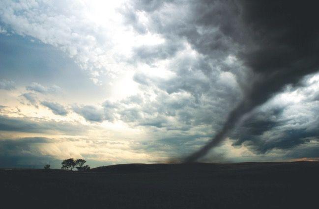 Formação de um tornado.