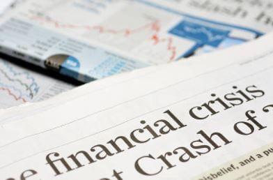 Jornais retratando a crise de 2008.