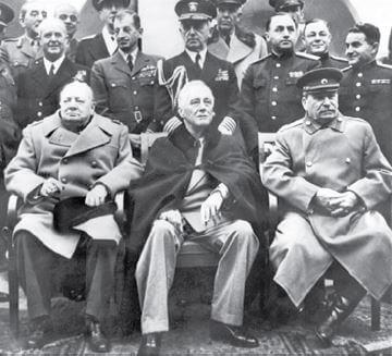 Fota da reunião de chefes de estado na Conferência de Ialta.