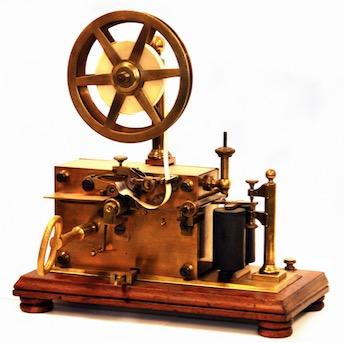 Foto do telégrafo inventado por Morse
