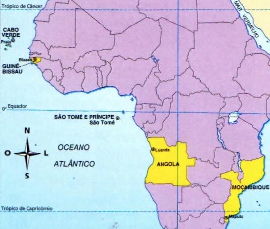 Mapa da África com os países que falam português.