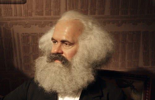 Retrato de Karl Marx.