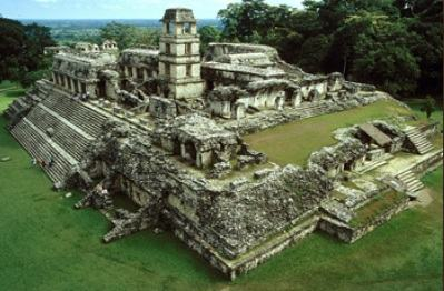 Ruínas de um palácio Asteca