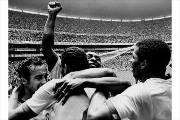 Terceira vez que o Brasil é campeão da Copa do Mundo de Futebol - México.