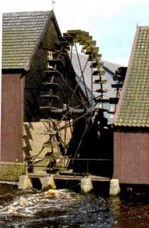 Roda-d'água, exemplo de energia hídrica