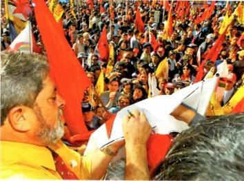 Durante a campanha de Lula em 2002.