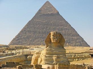 Pirâmide e a Esfinge